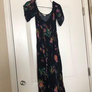 Off-the-shoulder Floral Maxi Dress